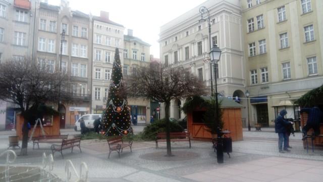 Trwają ostatnie przygotowania do Jarmarku Bożonarodzeniowego w Wałbrzychu