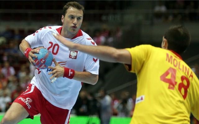 Mariusz Jurkiewicz rozegrał w reprezentacji Polski w latach 2002–2017 163 meczów, w których zdobył 278 bramek. Na zdjęciu fragment towarzyskiego meczu z Hiszpanią w Ergo Arenie (4.06.2014)