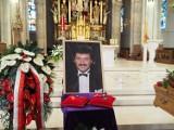 Pogrzeb Krzysztofa Krawczyka. Rodzina i przyjaciele żegnają Krzysztofa Krawczyka. Zobacz zdjęcia z pogrzebu Krzysztofa Krawczyka