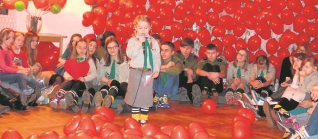 Buski wolontariat ma swoją markę. Harcerze organizują również różnego rodzaju imprezy - adresowane i do młodzieży, i do dorosłych.