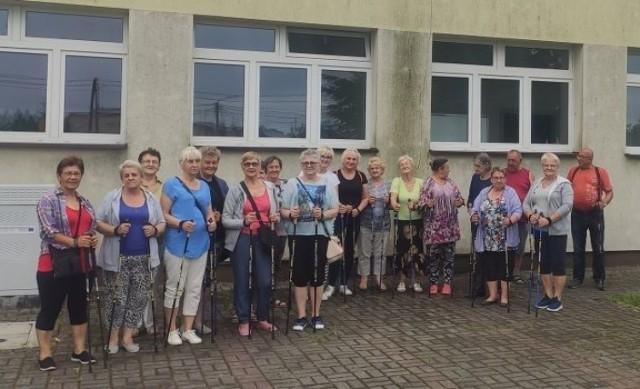 Seniorzy z Sokołowa mieli warsztaty psychologiczne i zajęcia nordic walking