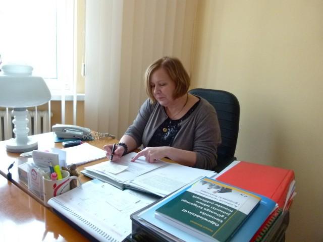 Starosta Bełchatowski Dorota Pędziwiatr przekazała słowa uznania i podziękowania za lata sumiennej pracy.