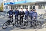 Policjanci z Chełma mają nowe elektryczne rowery do patroli. Zobacz zdjęcia