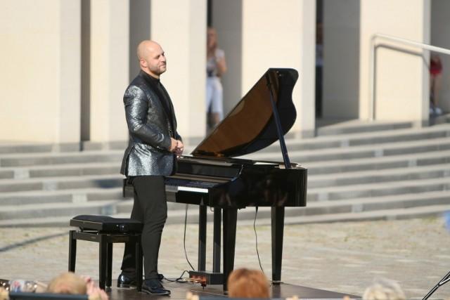 Filharmonia w plenerze organizuje już Pikniki Chopinowskie.