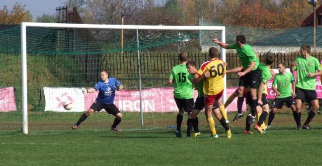 W Libiążu strzelili sobie samobójczego gola. Zespół, który nie tak dawno występował w III lidze, znika z piłkarskiej mapy Małopolski.