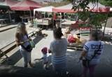 Nowy Sącz. Sądeczanie na bazarach i rynkach. Zobacz, co zarejestrowały kamery Google Street View [ZDJĘCIA]