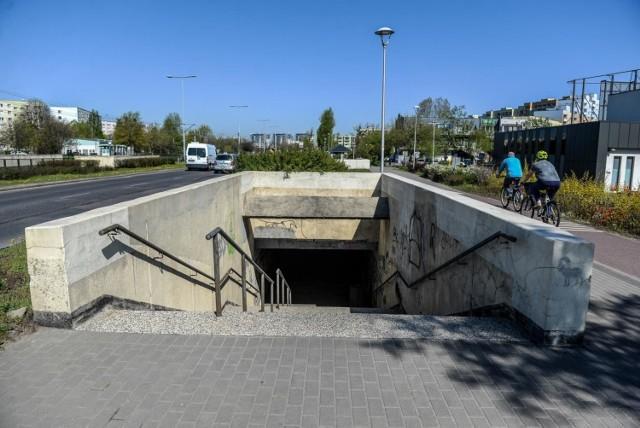 Przejście podziemne na Zaspie na wysokości ulicy Hynka
