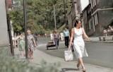 Deptak w Krośnie Odrzańskim. Jak przez lata zmieniała się ulica Podgórna, wcześniej ulica WOP? Porównajcie zdjęcia!