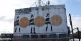 Znaleźliśmy ślady PRL w Stargardzie. Murale, mozaiki, budynki, auta i wyjątkowy pomnik ZDJĘCIA