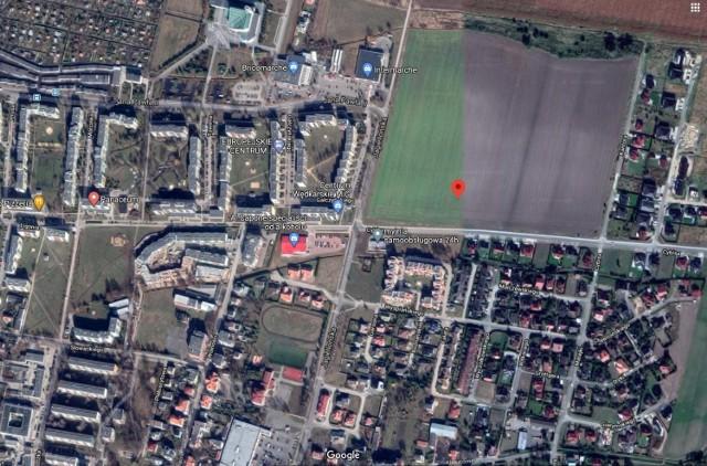 Tutaj miałyby powstać bloki mieszkalne SIM w Kluczborku - na Osiedlu Malarzy, na gruntach Skarbu Państwa przy ulicach Cybisa i Kantora.