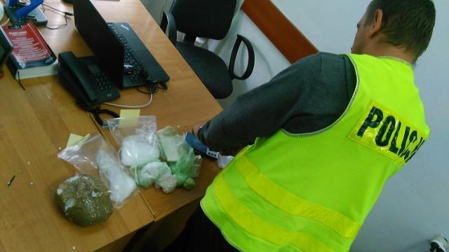 Policjanci z Chełmna znaleźli u 24-latka znaczne ilości narkotyków.