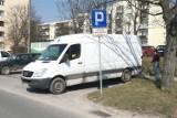 Rewolucja handlowa w Warszawie. Koniec z samochodami dostawczymi blokującymi ruch?