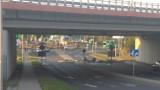Koszmarny wypadek na A1 w Piekarach Śląskich. Kierowca nie żyje. Zniszczony wiadukt