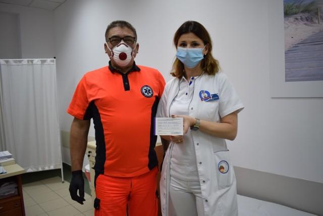 Jedną z pierwszych osób zaszczepionych w szamotulskim szpitalu była Anna Niechciałkowska - naczelna pielęgniarka SP ZOZ - u