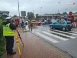 Wypadek na skrzyżowaniu w Piekarach Śląskich. Dwie osoby trafiły do szpitala
