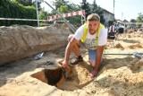 Podczas budowy drogi na os. Warniki w Kostrzynie odkryto cmentarzysko sprzed 2,5 tys. lat!