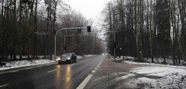 W tym miejscu świateł spodziewa się mało który kierowca...