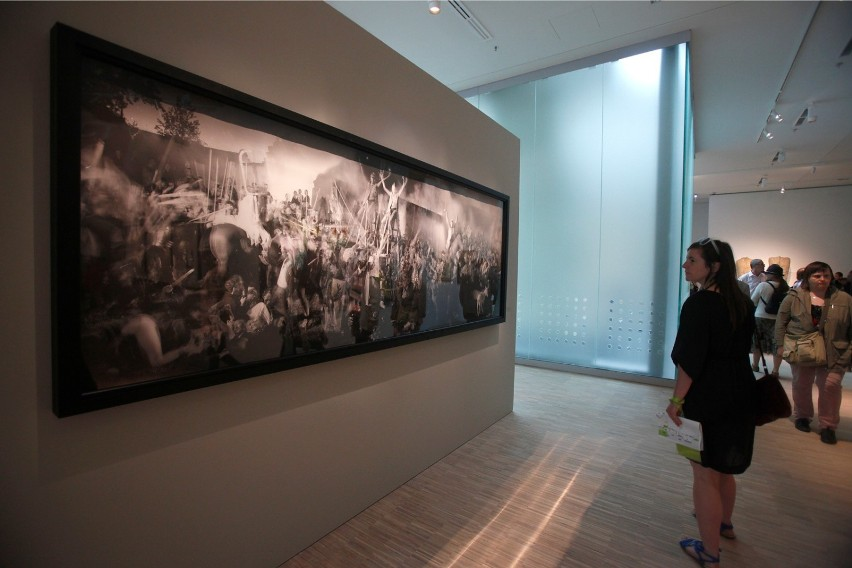 Poza tym w Muzeum Śląskim mamy Galerię Sztuki Polskiej...