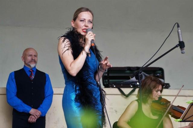 Odbył się kolejny z koncertów w ramach Inowrocławskiego Lata Muzycznego. Szlagiery 20-lecia międzywojennego przypomniał zespół Tango Mio