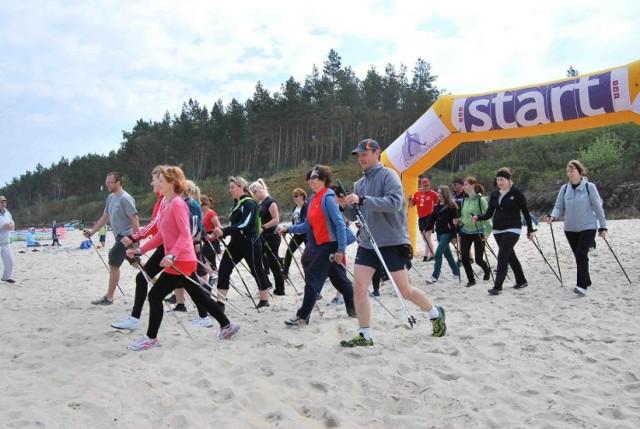 """Kąty Rybackie. W najbliższą niedzielę (8 listopada) w nadmorskiej miejscowości odbędzie się IV Jesienny Rajd Nordic Walking pt. """"W krainie kormoranów""""."""