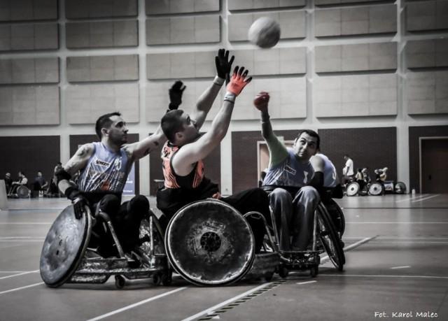 Rugby na wózkach. Widowiskowe zmagania w weekend w Warszawie