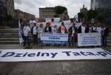 Stop dyskryminacji ojców! Protest w Katowicach [ZDJĘCIA + WIDEO]