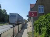 Poznańska Gniezno - Mieszkańcy skarżą się na hałasujące ciężarówki