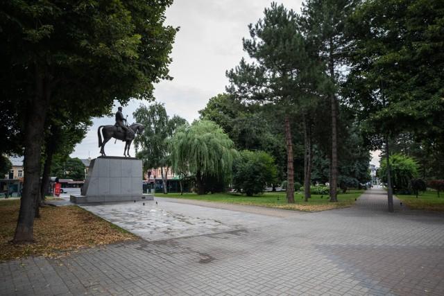 Dzwon Niepodległości ma stanąć niedaleko pomnika marszałka Józefa Piłsudskiego na pl. Wolności