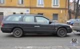 Wałbrzych: Mężczyzna, któremu sąd zabrał prawo jazdy wjechał w... nieoznakowany radiowóz policji (ZDJĘCIA)