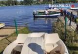 Policyjni motorowodniacy ratowali ludzi na Pogorii IV i jeziorze przeczyckim. Zatrzymali też pijanego mężczyznę na skuterze