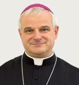 Pilne. Nasz nowy biskup gorąco apeluje o pomoc dla chorych na koronawirusa z domu seniora