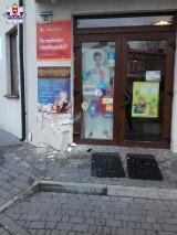 Kamionka. 47-latka straciła panowanie nad pojazdem i wjechała w budynek przy ul. Lubartowskiej