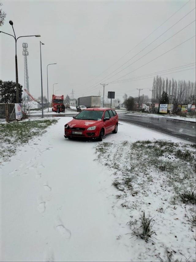 Wolsztyn: Samochód osobowy uderzył w ciężarówkę
