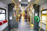 SKM Warszawa. Pierwszy z najdroższych w historii pociągów jest gotowy. Impuls 2 przewiózł pasażerów. Tak wygląda w środku