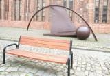 Obrócą ławki tyłem do jezdni na Rynku Siennym w Szczecinie, by móc podziwiać rzeźbę? Znamy odpowiedź władz miasta