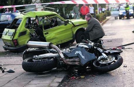 Motocyklistę, który doprowadził do wypadku w Skokach...