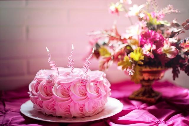 Takie torty można spotkać w cukierniach w Brodnicy