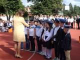 Rozpoczęcie nowego roku szkolnego w Oleśnicy. Pasowanie pierwszoklasistów