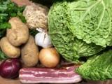 Kapusta podrożała o ponad połowę, ziemniaki o 1/3. Ceny warzyw poszybowały