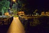 Pruszcz Gdański kładzie się do snu. Zobaczcie miasto pod osłoną nocy!