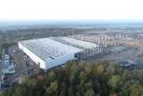 Ruda Śląska: Olbrzymie budynki o pow. 50 tys. m2 powstają w Kochłowicach. To centrum operacyjne Grupy Raben. Buduje je Prologis [ZDJĘCIA]
