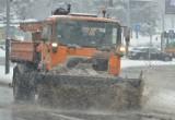 Śnieżyca w Łodzi. Na ulice wyjechały pługopiaskarki