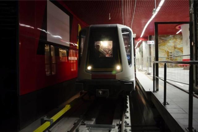 Metro tylko do godz. 22. Od niedzieli zaczynają się prace na I linii. Będą utrudnienia!