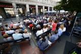 Spektakle plenerowe Warszawa. Teatr Polonia i Och-Teatr zapraszają na 49 spektakli w plenerze zupełnie za darmo