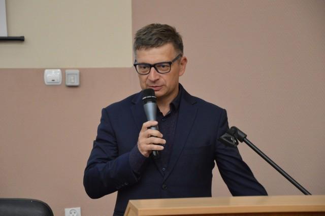 Skarbnik gminy Goleniów Mirosław Guzikiewicz pożegnał się wczoraj z radnymi