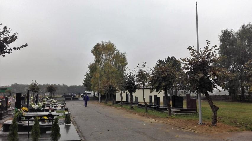 Cmentarz Komunalny W Sieradzu Będzie Z Oświetleniem Trwa
