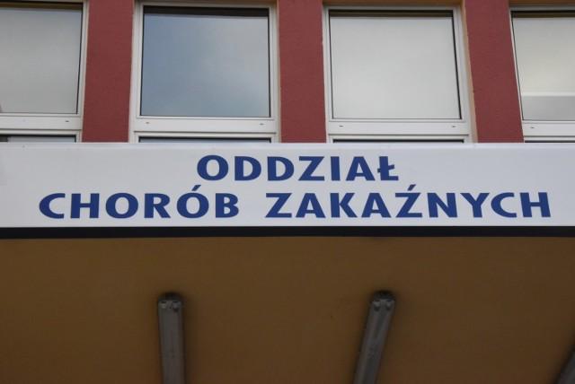 493 nowe zakażenia koronawirusem na Opolszczyźnie. Ponad 15 tysięcy nowych przypadków COVID-19 w Polsce