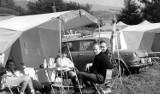 Wypoczynek w czasach  PRL-u. Tak wyglądały wówczas wczasy i kolonie letnie [zdjęcia]