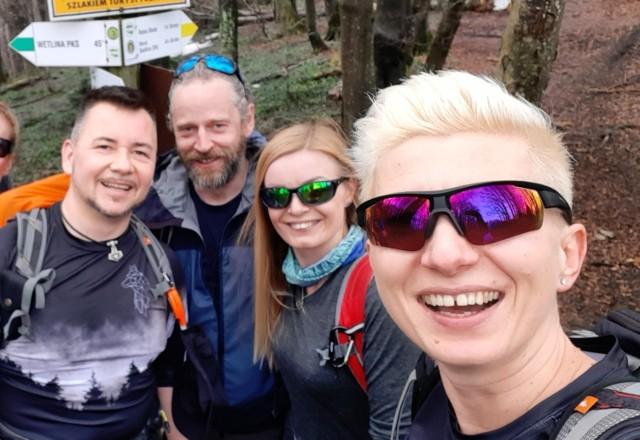 Marta Stelmach (na zdjęciu z prawej) ma spore doświadczenie w zdobywaniu gór.
