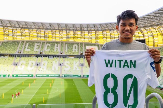Młody Indonezyjczyk Witan Sulaeman będzie miał w Lechii Gdańsk koszulkę z numerem 80